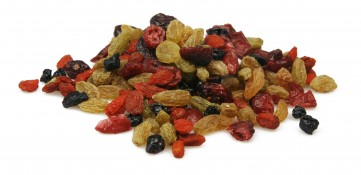 super berry detox - blueberries, green raisins, goji berries and cranberries
