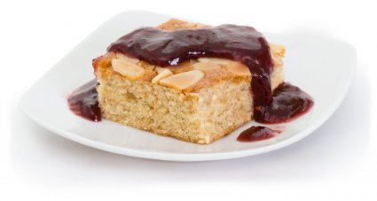 image of raspberry bakewell